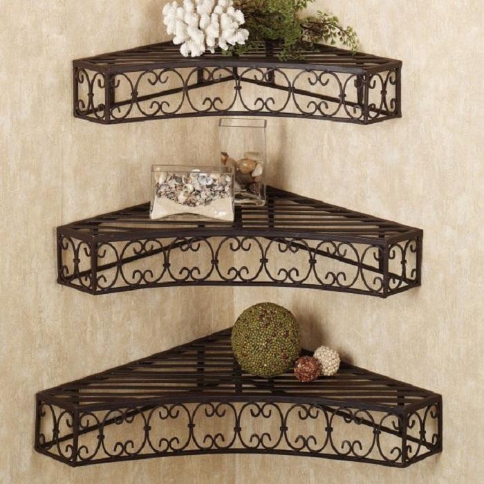Крутое решение креативно декорировать углы в любой из комнат дома.