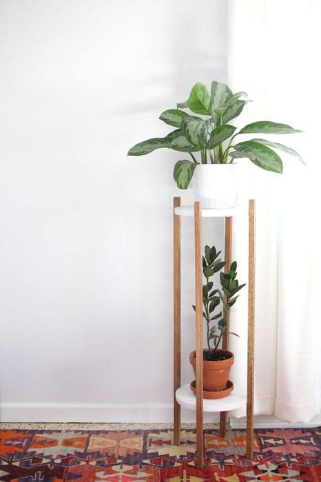Деревянная подставка, что станет лучшим решением для преображения интерьера.