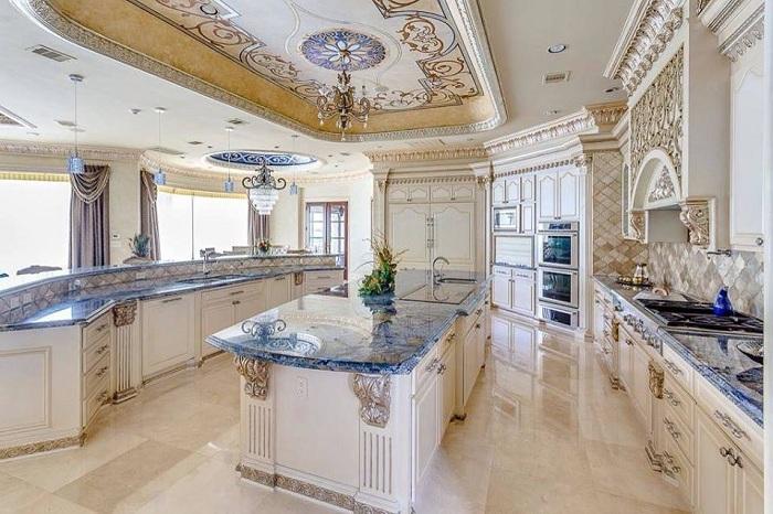 Кухня в стиле барокко - почувствуй себя королём!