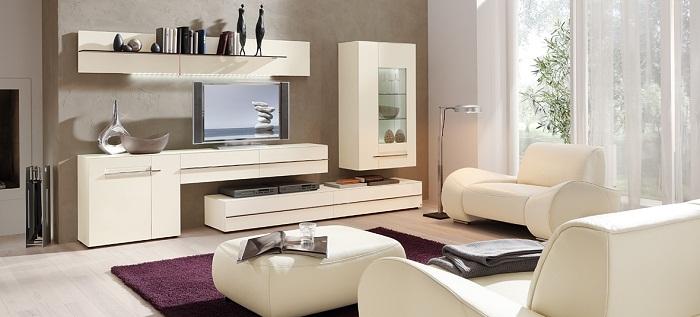 Декорирование комнат при помощи оригинальных сочетаний, например, светлых оттенков и более темных - контрастное и необыкновенное решение.