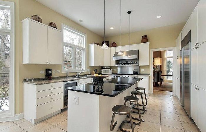Глянцевые столешницы, что стану удачным вариантом для преображения кухни.