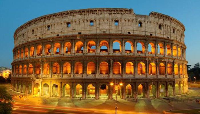 Колизей представляет собой овальный амфитеатр, в центре города Рим, Италия. Его строительство началось в 72 году нашей эры, и было завершено в 80 году нашей эры. После этого были сделаны несколько дальнейших модификаций.