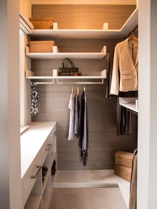 Компактный и отличный мини-шкаф, что понравится и оптимально обустроит пространство.