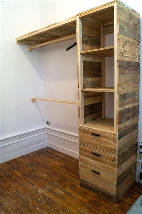 Оригинальное оформление мини-шкафа, что точно понравится и преобразит любой интерьер.