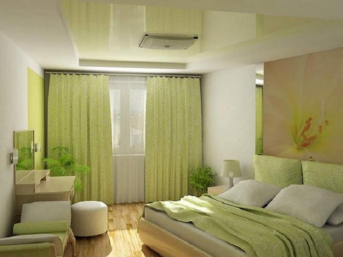 Мягкие зеленые оттенки создают спокойную и уютную обстановку в комнате, что просто гармонично смотрится.