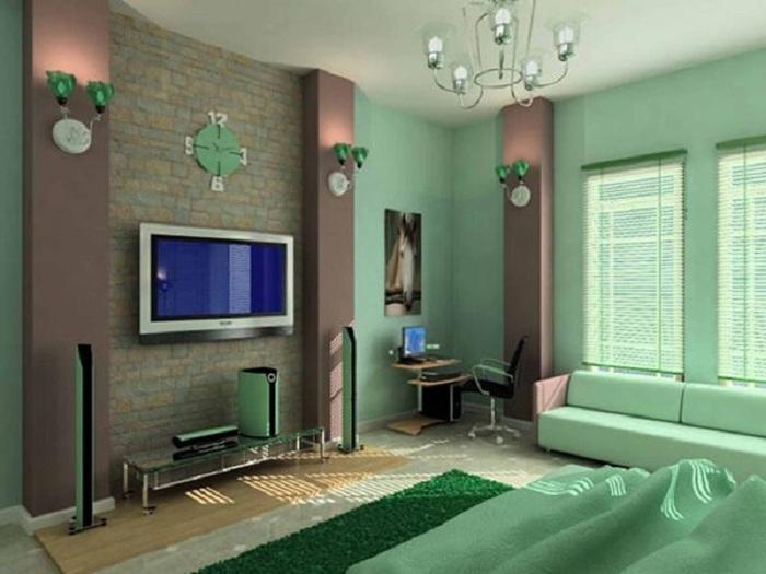 Хорошая и уютная обстановка в комнате с интерьером в мятно-шоколадных тонах, создаст возможность максимального расслабления.