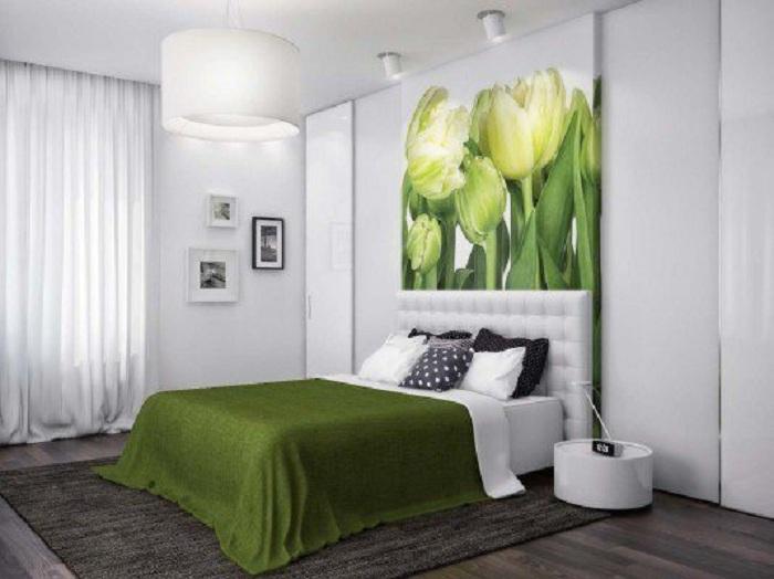 Симпатичная картина на которой изображен букет цветов, станет просто хорошим элементом, который непременно освежит интерьер.