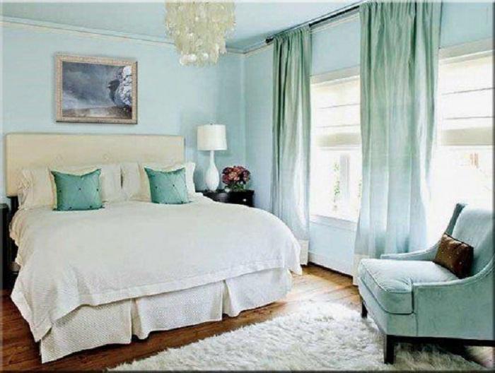Свежие бирюзовые оттенки в интерьере комнаты станут просто неотъемлемым элементом дизайна.