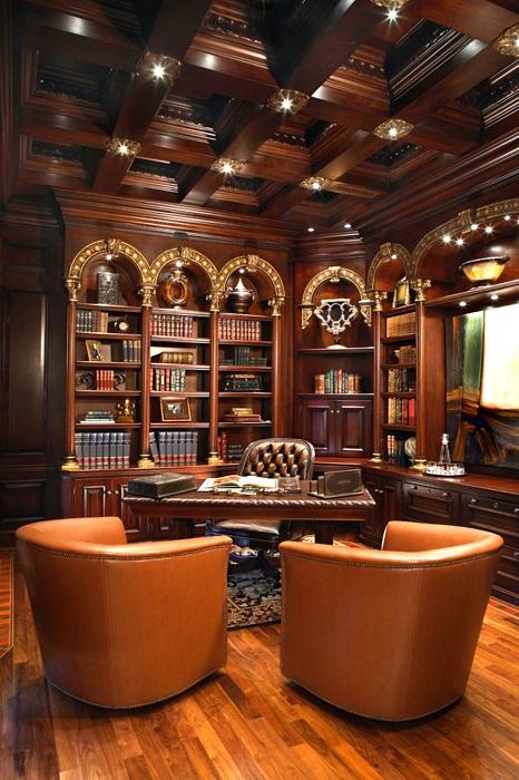 Интересное оформлении домашнего офиса в коричневых тонах.