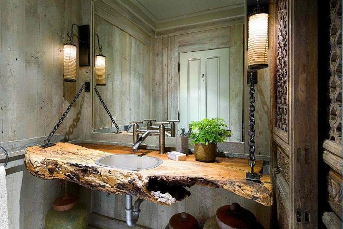 Необыкновенный интерьер ванной комнаты создан благодаря оформлению её в рустикальном стиле.