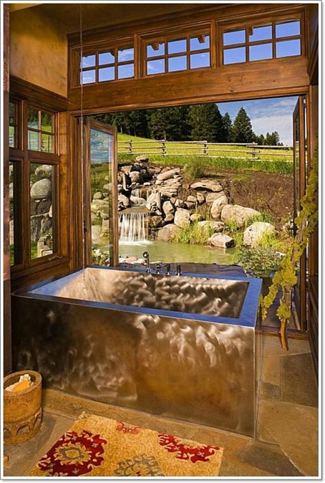 Крутое оформление ванной комнаты в рустикальном стиле, которая создает оптимальное и положительное настроение.