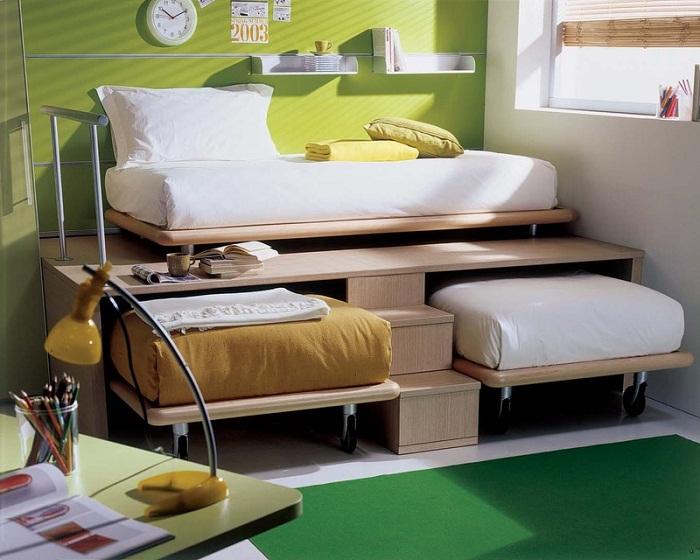 Очень крутое и стильное решение для декора спальной, что оптимизировано за счет оригинальных вариантов оформления.