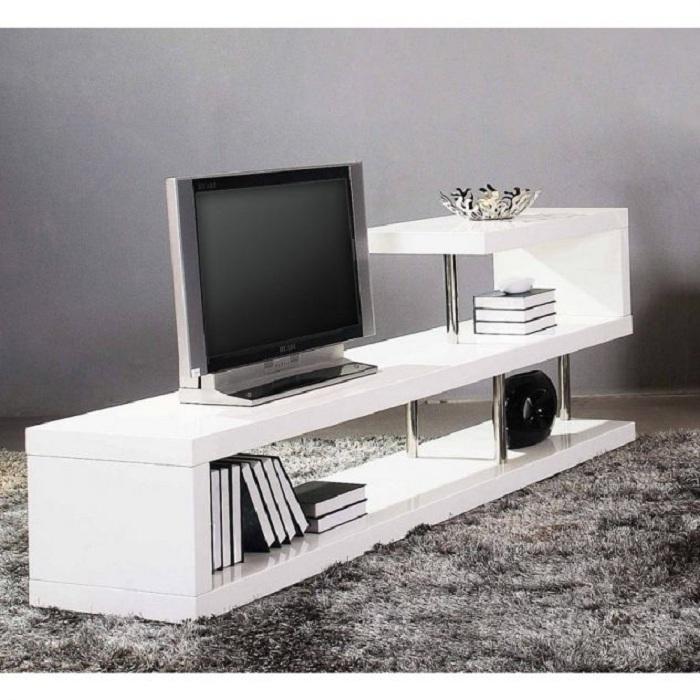 Оформление подставки под телевизор в белом цвете, что станет просто отменным решением для преображения любой из комнат.