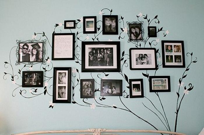 Растительные мотивы добавляют домашней фотогалерее особый шарм.