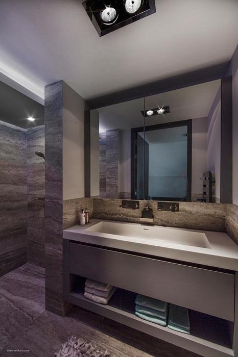 Один из самых прекрасных вариантов оформления ванной комнаты, отличное дизайнерское решение.