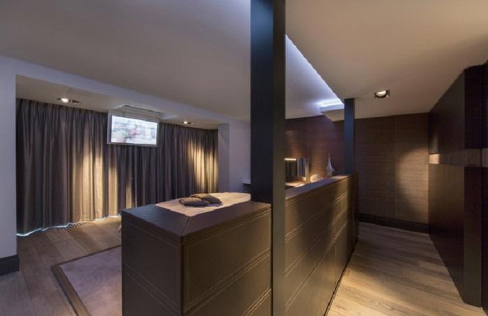 Оптимальное и оригинальное решение для создания отличной перегородки в спальной.