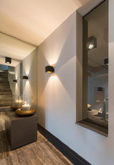 Прекрасный вариант преобразить интерьер с применением нестандартного освещения.