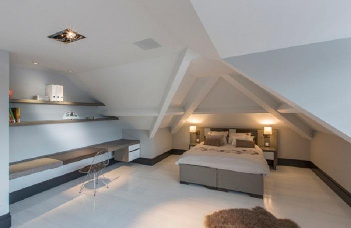 Оформление спальной с помощью прямых линий что позволит создать оригинальную обстановку и по максимуму насладиться отдыхом.