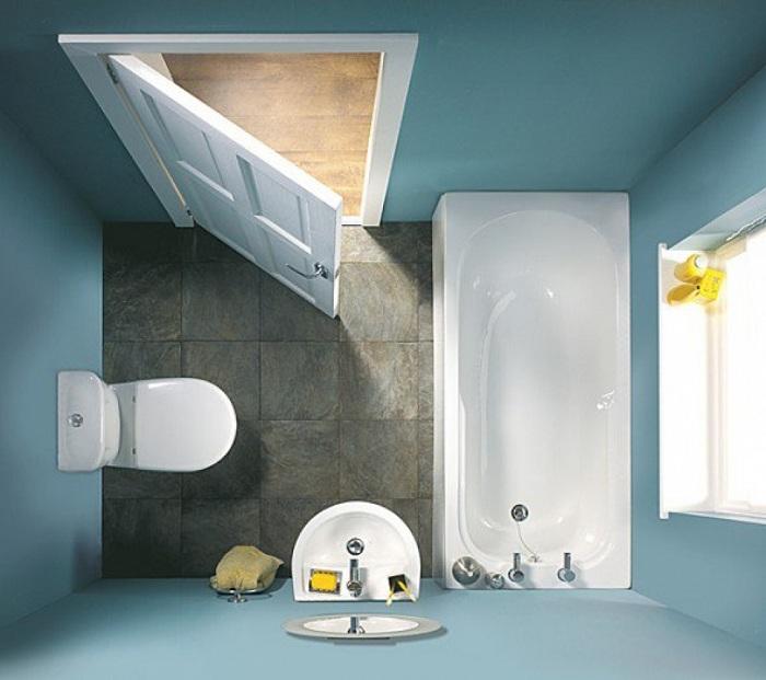 При оформлении ванных комнат с маленькой площадью отличная возможно расширить пространство это наличие окна.