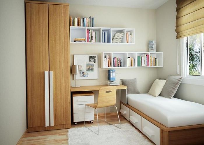 Оригинальный вариант оформления маленькой светлой спальни, который станет просто отменным вариантом.