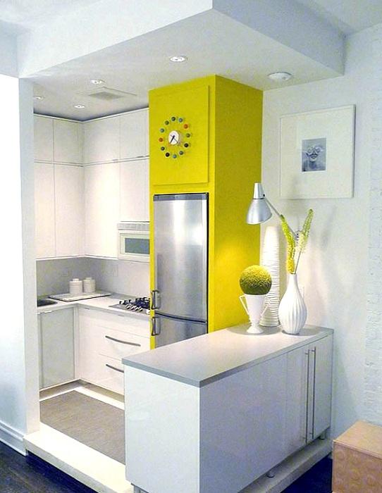 Светлая кухня с ярким акцентом, что позволит подарить только самые положительные моменты.