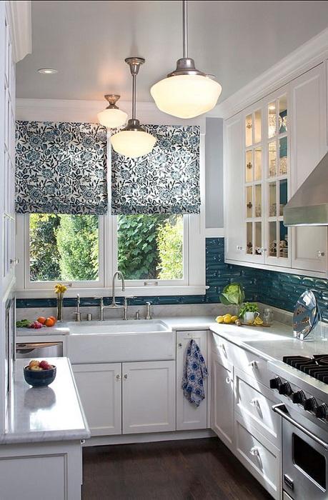 Симпатичное оформление мини-кухни, то что станет просто самым лучшим дизайнерским решением для интерьера помещения.