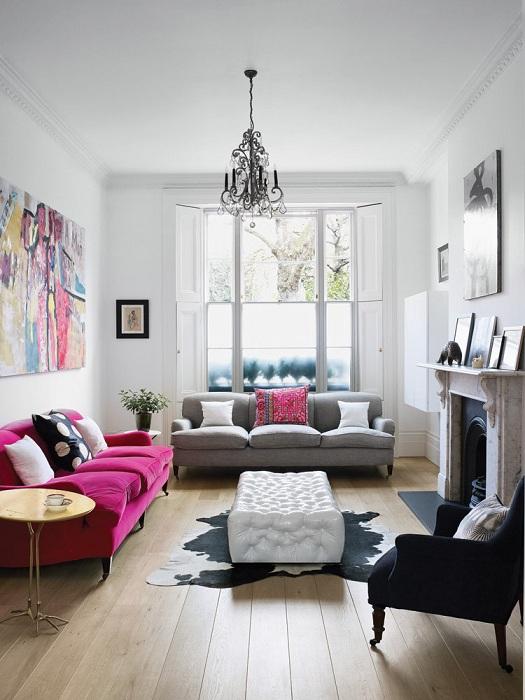 Палитра из пяти цветов, легко подчеркнет настроение гостиной.