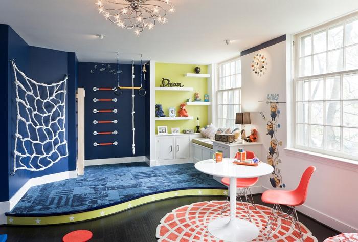 Симпатичное и необычное решение создать такой потрясающий интерьер в детской комнате.