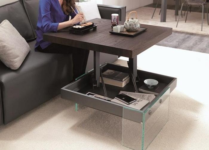 Отличный вариант для быстрого преображения интерьера с помощью такого крутого раскладного столика.
