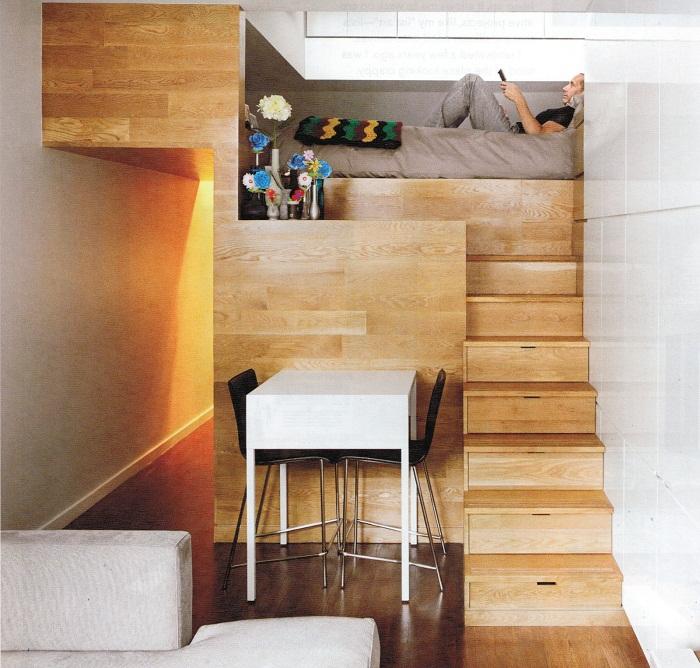 Отличный пример оформления пространства с оригинальными решениями относительно экономии площади.