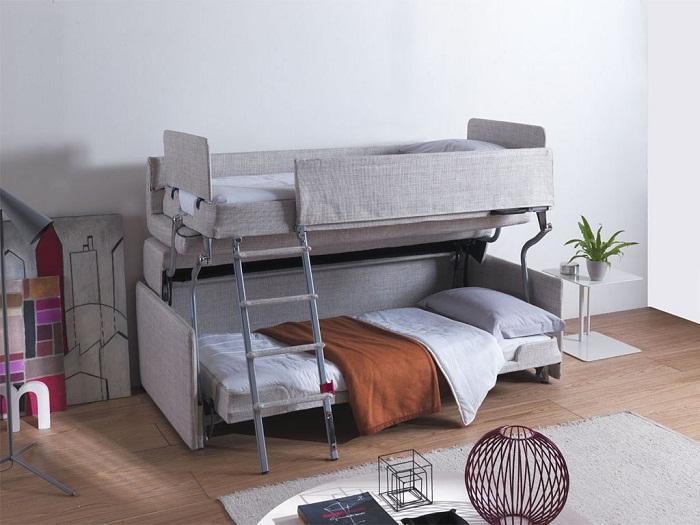 Крутой и практичный пример оформления интерьера спальной, что точно понравится.