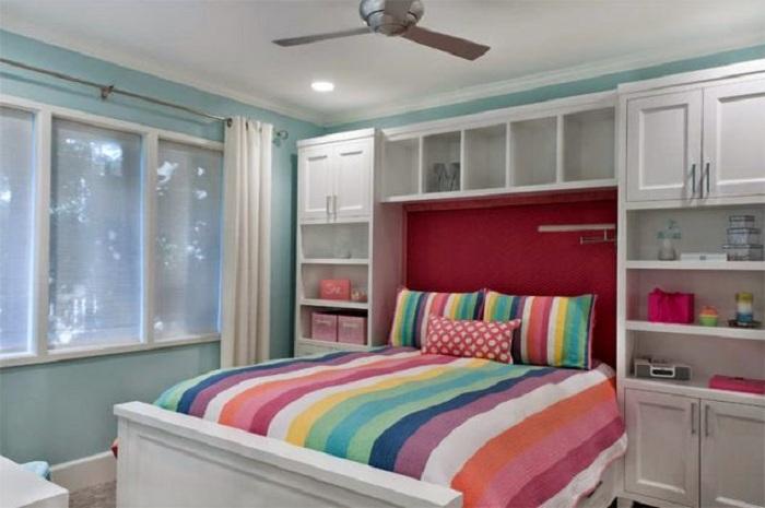 Оптимальный вариант оформления прекрасной и яркой спальной, что станет изюминкой для любой квартиры, дома.