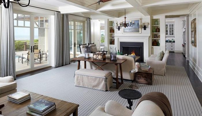 Самый лучший вариант создать интересное настроение при помощи самой обычной мебели в гостиной.