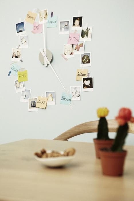 Красивое решение создать часы с фотографиями - это то, что станет отличным элементом декора.