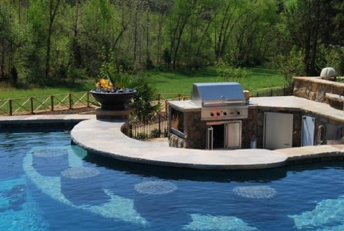 Что может быть лучше бассейна, конечно же бассейн-бар.