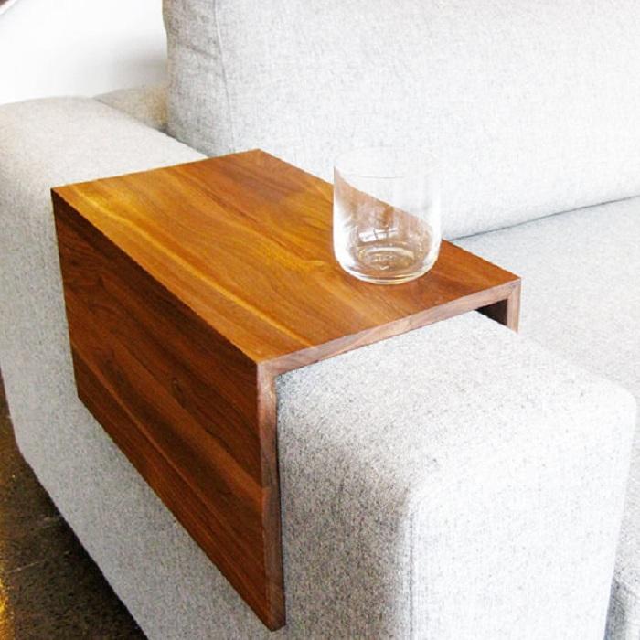 Оформление мини-столика, который преобразит любой интерьер в гостиной что станет особенностью интерьера.