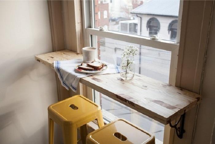 Хороший вариант декорирования барной стойки, что преобразит любой из интерьеров и станет просто оптимальным.