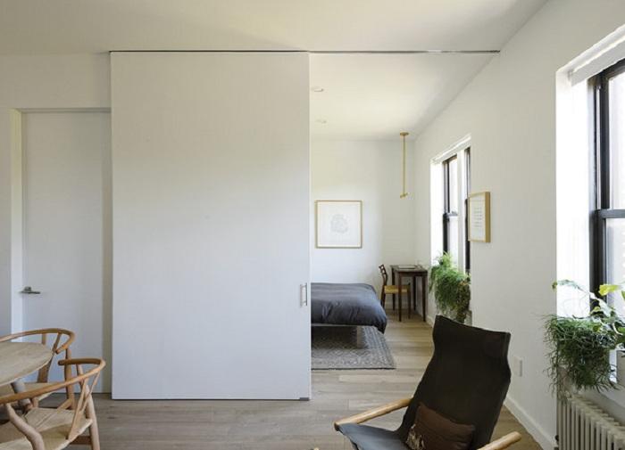 Раздвижные двери в интерьере не только сэкономят пространство, но и создадут чудный интерьер.