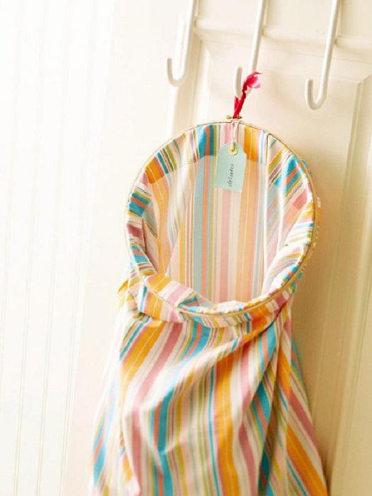 Интересный мешочек для вещей в стирку преобразит интерьер и оптимизирует пространство.