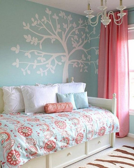 Теплая атмосфера спальной в теплой цветовой гамме для прекрасного отдыха после насыщенного дня.