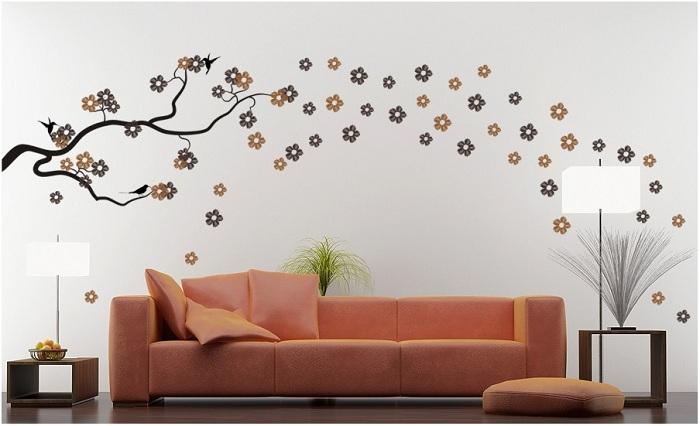 Один «порыв» ветра превратил комнату в цветочную поляну.