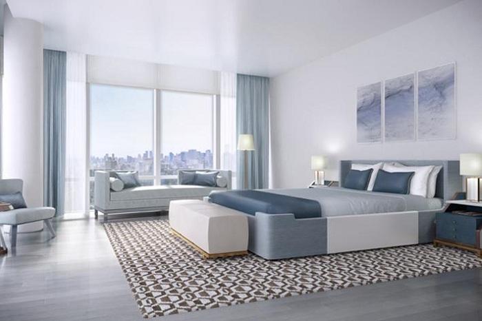 Интересное дизайнерское решение - оформить спальню в цвете морской волны.