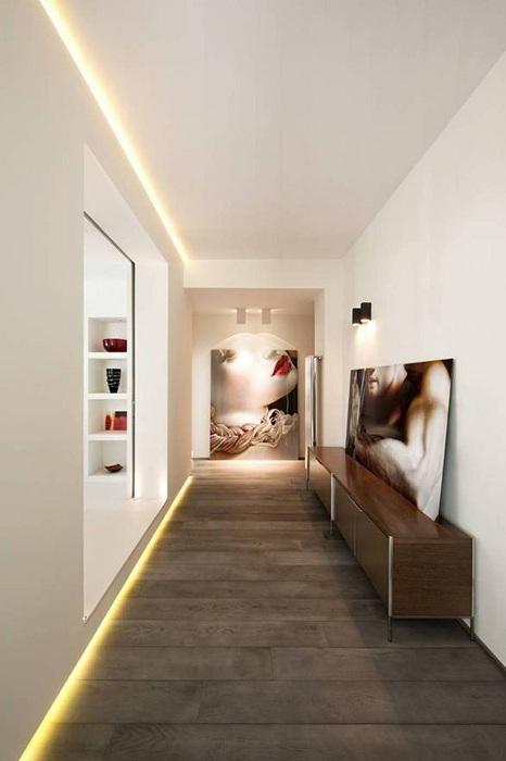 Пожалуй одно из лучших решений создать такой необычный коридор.