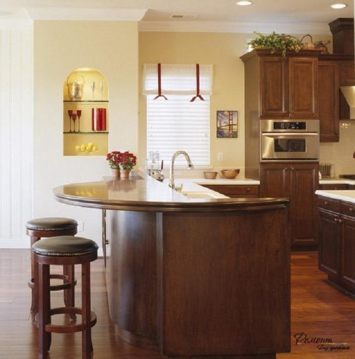 Крутое решение преобразить кухню за счет оригинальных дизайнерских решений.