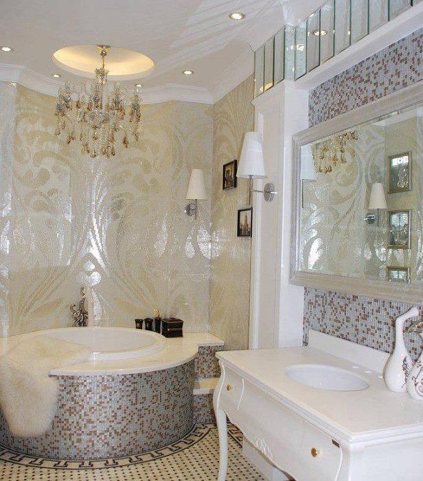 Прекрасный вариант декорировать ванную комнату при помощи симпатичной мозаики, что однозначно преобразит интерьер.