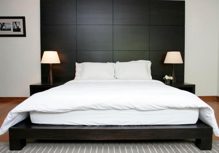 Удачное решение оформить спальню в классических тонах и создать удивительный интерьер.