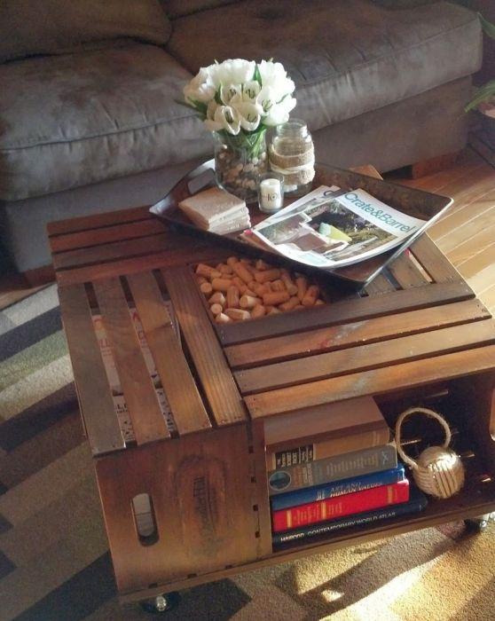 11. Журнальный столик из деревянных ящиков