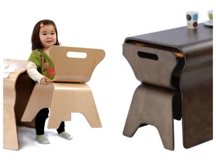 Дети легко могут сами перемещать стулья из фанеры