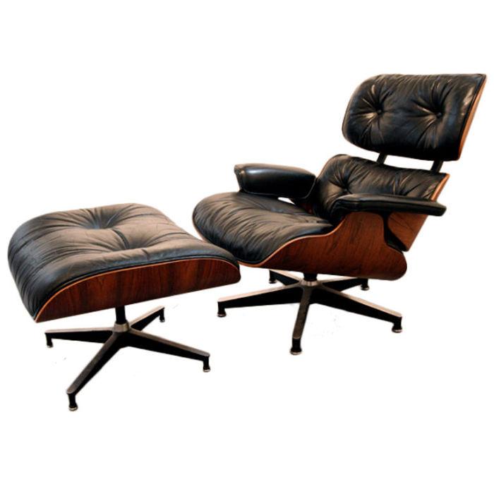 Культовый предмет мебели с оттоманкой для ног
