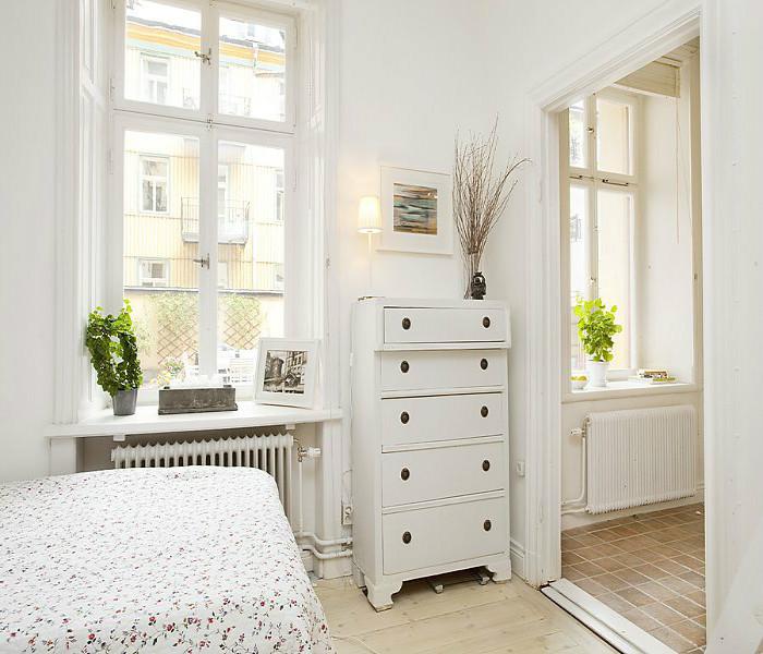 Белый комод в скандинавском стиле